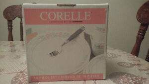 Corelle 16-Piece Apricot Grove Dinnerware Set Windsor Region Ontario image 3