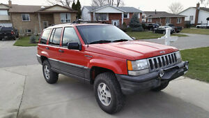 1995 Jeep Grand Cherokee Lerado SUV, Crossover