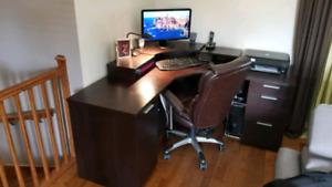 Bureau de travail ou meuble d'ordinateur