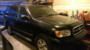 2002 Nissan Pathfinder Chilkoot SUV, Crossover 164k KMS!