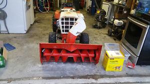 Simplicity garden tractor w/ 42 inch snow blower