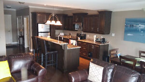 HEATED PARKING! AVAILABLE IMMEDIATELY - ALL INCL EXECUTIVE CONDO