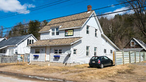 Residential/commercial property, great rental - Bancroft
