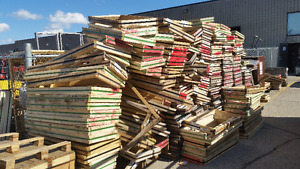 FREE WOOD 2X4'S -- LOTS AVAILABLE