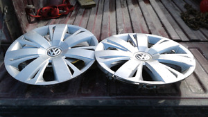 Set of hubcaps off 2014 volkswagon 16 inches