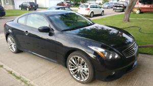 2013 Infiniti G37x Sport Coupe w/Hi-Tech Nav Pkg and Warranty