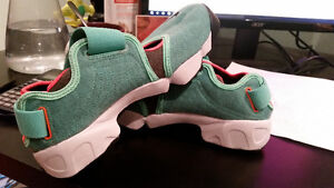 Nike Air Rift - Crystal Mint - Bright Citrus For Sale Cambridge Kitchener Area image 2