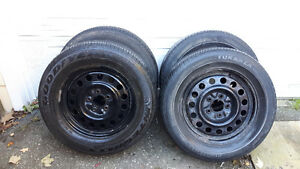 Gm Rims and tires 225/60/16 Kitchener / Waterloo Kitchener Area image 1