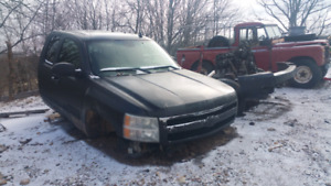 Looking to but junk 07 and up Chevrolet trucks