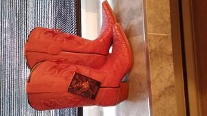 Brand NEW Ladies Cowboy Boots