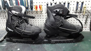 patin homme ultra-ice gr:12 pour 40.00