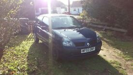 Renault Clio 1.2 2003 cheap car! Open to offers!