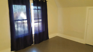 Room for rent student or professional