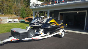 2006 Yamaha FX HO Cruiser and 2007 Yamaha GP1300 R