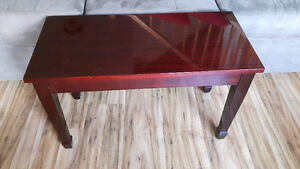 Piano bench in perfect condition
