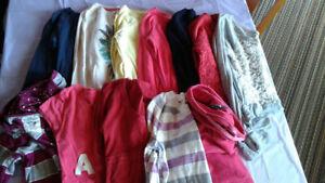 Sac de linge femme - bunch of women chlothing