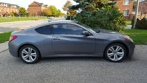 2010 Hyundai Genesis Coupe Coupe (2 door) MUST GO ASAP!!!