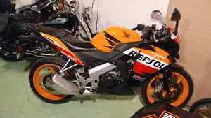 Honda cbr125 last year of the125 !!