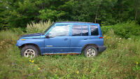 1998 Chevrolet Tracker SUV, 4 Door