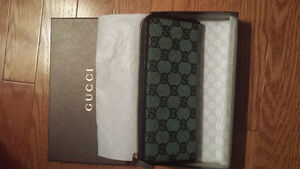 GUCCI WALLET - BRAND NEW