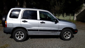 2000 Chevrolet Tracker SUV, Crossover