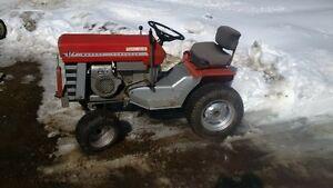 tracteur Massey ferguson MF-12 hydrostatique