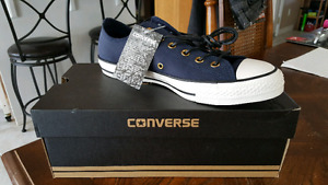New Men size 8 converse