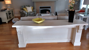 Table/Mantle