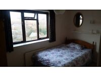 Single room to rent in quiet house
