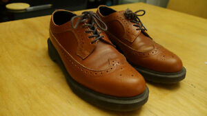 Dr. Martens 3989 English Tan