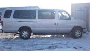 2014 Ford E-350 15 Passenger Van