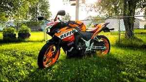 Honda cbr repsol250cc type r trade for car