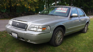 2006 Mercury Grand Marquis ULTIMATE EDITION Sedan