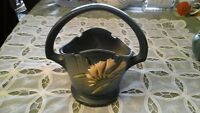 ROSEVILLE POTTERY FREESIA BASKET IN DELFT BLUE - No 391-8