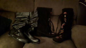 Selling 2 pairs of boots sz 10