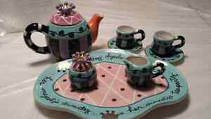 Ceramic miniature tea set by Shannon McGraw