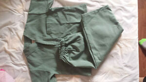 2T Scrubs Brand New