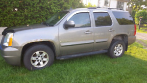 2007 GMC Yukon SLE Loaded 4x4