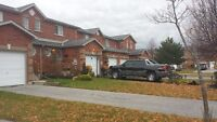 GREAT DEAL!! 2 BDRM FANTASTIC TOWNHOME--SOUTH BARRIE