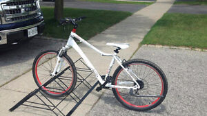 Beautiful bikeracks for lawn and garage and appartments.