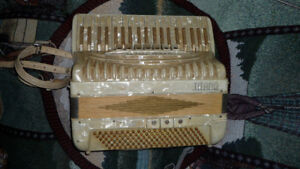 Vintage Titano Grand Accordion Italian Made $100