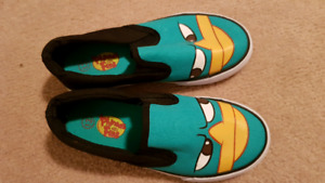Phineas and Ferb slip on running shoes size 13
