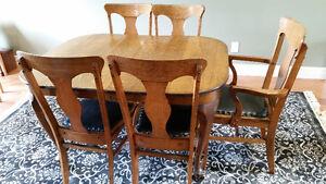 Antique Solid Oak Dining Room Set