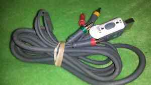 FOR SALE. XBOX 360 HDTV CABLE. 5 DOLLARS.