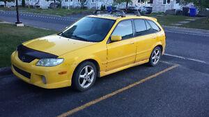 2002 Mazda Protege Familiale