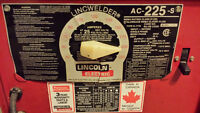 LINCOLN ELECTRIC AC225 Welder