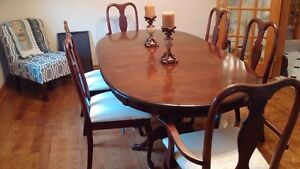 Solid Wood Dining Table w 6 Chairs Cambridge Kitchener Area image 1