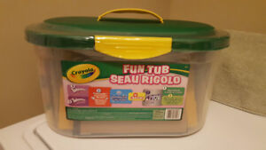 Crayola Fun Tub - Never Opened