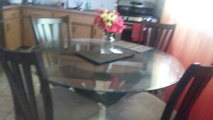 dining table & chairs Kitchener / Waterloo Kitchener Area image 2