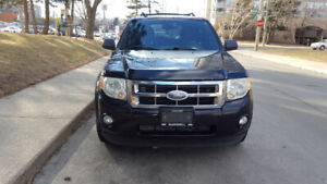 2009 Ford Escape priced to sell!!